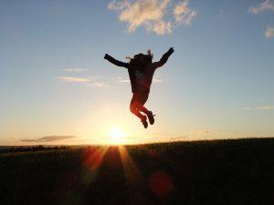 ジャンプする姿